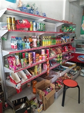 出售二手超市货架,冰柜,冷鲜肉展示柜,绞肉机。价格面议。