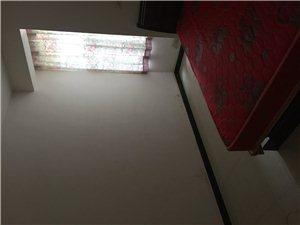 风景家园3室2厅2卫35万元
