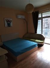 慕和南道3室1厅1卫980元/月