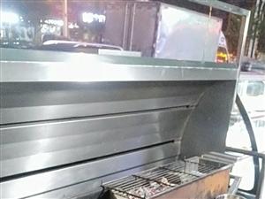 出售烧烤净化器加玻璃展柜另加一千斤木炭及全套烧烤用品全部处理5500元,净化器是自己做的,用的材料都...