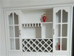 多层实木板衣柜,实木颗粒板酒柜!九成新!价格实惠