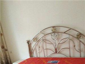 蓝湾国际D区帝景湾3室2厅2卫800元/月
