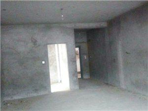 平武�h南街富�A小�^5室2�d3�l80�f元