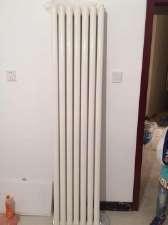 出售二手暖气片一组,八柱的,高一米七价格200元,电话15822196032