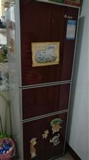 便宜出售二手冰箱,彩电,空调,电脑,桌子椅子等联系13738036083