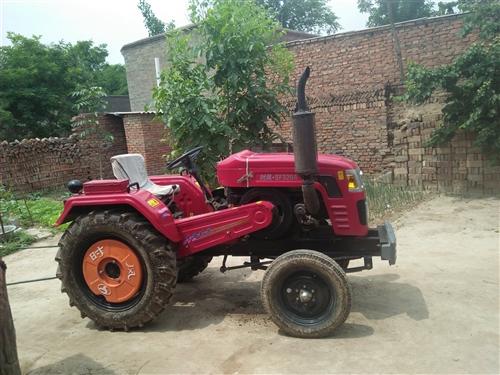 农用拖拉机才买一年多,因车主岁数大不想弄了