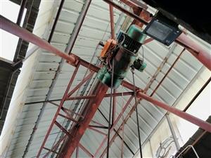 3吨行吊一台,跨度7米,9成新,没毛病,闲置想出售
