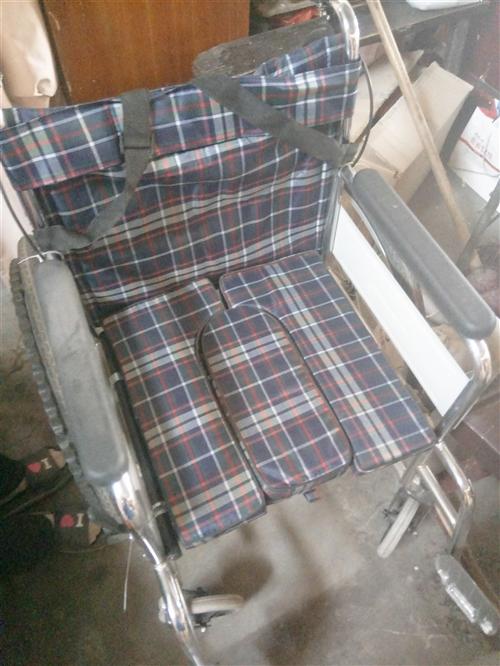 轮椅 便盆 拐杖 ,全部十成新,因个人原因,低价出售,非诚勿扰,质量保障