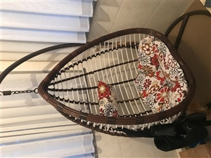 藤椅95成新,去年才买的基本没怎么用,由于房子小,想给小孩腾一个活动空间,因此低价出售,质量绝对有保...