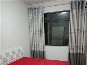 新月半岛3室2厅2卫1800元/月