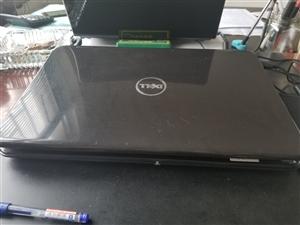 本人有一台戴尔M5110笔记本   现由于工作丢失  低价把电脑买了   有看上的人联系我