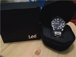 轉讓全新Lee手表一個,剛買來5天,因不合適低價轉