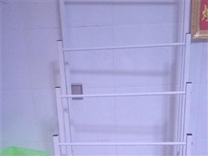 4层置物架,可以拿来挂皮带,挂伞,特价处理,九成新