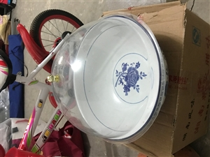 菜盆带盖有30个,便宜处理500元!有意的拨打电话13139470888,非诚勿扰