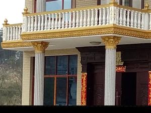 罗马柱出租安装 花瓶栏杆 窗套线条  楼梯花瓶栏杆  安装  有需要的联系电话18328890672...
