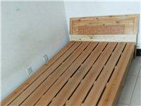 本人家有閑置木床出售,1.5米,香港花園自提