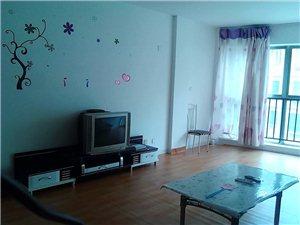 紫轩三期三楼3室2厅1卫1500元/月