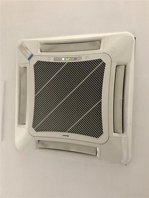 格力中央空调,95新,只用过一个夏天,联?#26723;?#35805;18296822392微信同步