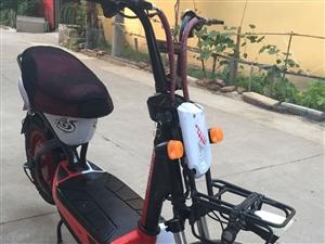 捷安特133S,大轮真空胎,九成新。刚换的20安时新天能电瓶,充电后能骑行80里路,有发票,备用钥匙...