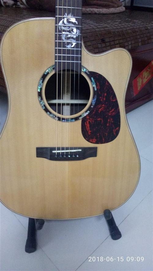 高端面单吉他,仅用半年,低价转手,有意私聊。