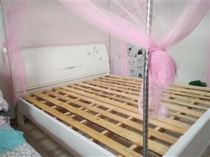 麻烦发一下,因为要外出,此床出售,九成新,才买2个月,还送一张床垫,有需要请与我联系18982701...