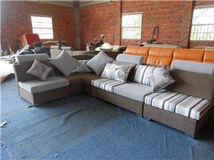专业沙发翻新、定做、价格亲民、质量保证