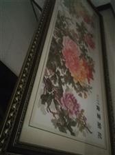 因搬迁外地,现转让花开富贵十字绣一套。2*0.8米。以装裱。有意者请短信联系