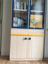 2017年7月购入,目前9.9成新。转卖的主要原因是家里没有书房放在儿童房的,儿童房显得很小。尺寸:...