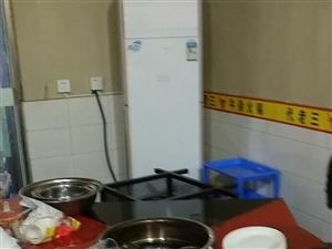 八成新餐厨具处理。东城火锅一条街!