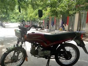 本人宗申摩托车想出售证件齐全.有在儋州想要的请联系15595928776