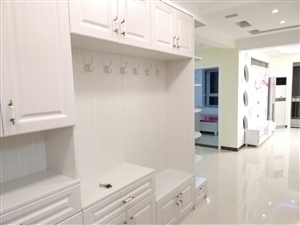 六小附近出租三室两厅精装修可拎包入住