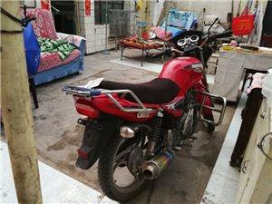 建设摩托,沐风125,八成新,因本人另有坐骑,现出售,有需要者价格面议,联系电话:138973707...
