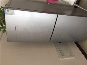 美菱九成新冰箱,搬家二手处理,苍溪城区