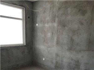 宏基王朝3室2厅2卫65万元