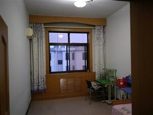 国税局宿舍3室2厅1250元/月