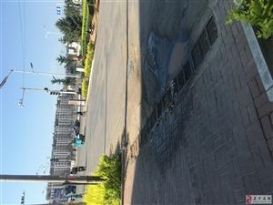 环卫车污水路边排放