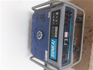 出售发电机8500瓦的,因有事急用所以买的,只用过2天,有需要的可联系,电话13603116162