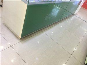 玻璃柜台(八九成新)低价处理