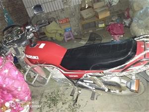 铃木王125摩托车,8成新