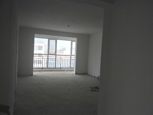 金水花苑3室2厅1卫68万元