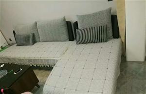 斯帝罗兰沙发,2月份新购,原价4500元,现低价处理,1500!