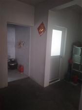 柿树家园1室1厅1卫11.6万元