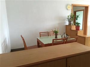 怡和苑4室2厅2卫2400元/月