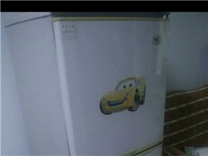 冰箱因搬家闲置转让