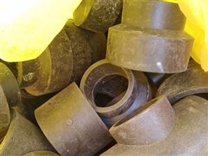 有工程剩下的pe管件,各种型号的都有,大概200斤,全要5块一斤,有意者电话联系,136332511...