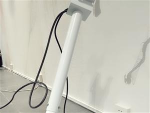 epson爱普生 cb-x31投影仪整套设备底价转卖,投影清晰度高,可挂投可桌面投,可连接手机或者电...
