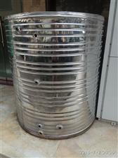 1吨不锈钢保温水箱转让