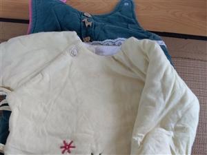自家宝宝穿过的,需要可现加工,和尚服是纯棉花的