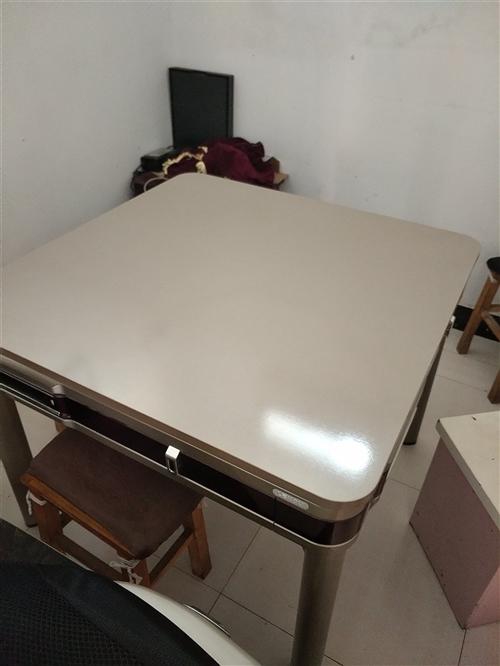 九成新麻将机低价出售,仅售1000元,要的速电13866615071