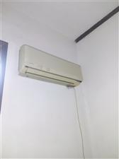 二手日立空调,制冷效果杠杠的,可以来试机,因急着给房东腾房子,500出售了18191826103